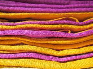 El algodón es un ejemplo de tela de origen vegetal