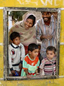 La familia extensa, está muy extendida en sociedades tradicionalistas
