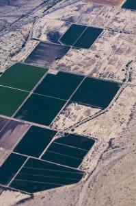 Vista área de campos para la agricultura