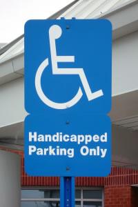 Señalamiento reservado personas discapacitadas