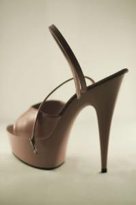 Zapatos con tacones y plataforma