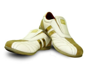 Zapatos deportivos cómodos para caminar