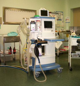 Aparato para suminstrar anestesia