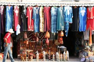 Ropa y productos artesanales