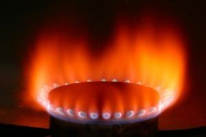 Flama producida en una estufa de gas.