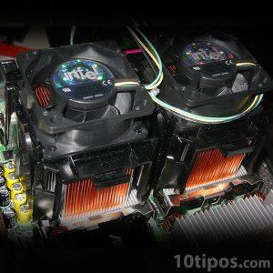 Computadora con dos procesadores