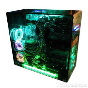 Computadora armada con estructura transparente