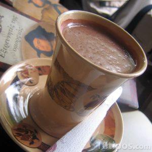 Taza de chocolate con leche
