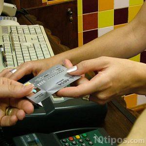 Pago de servicio con tarjeta