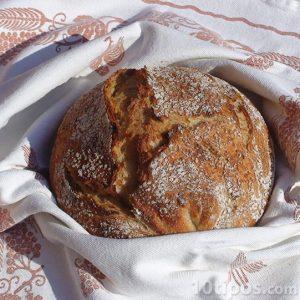 Pan hecho de kamut
