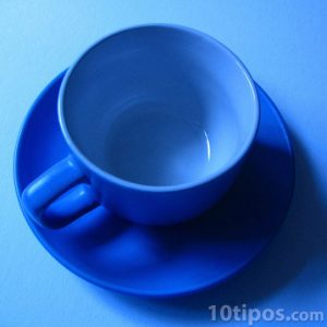 Taza de color azul