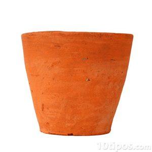 Maceta de barro de color naranja