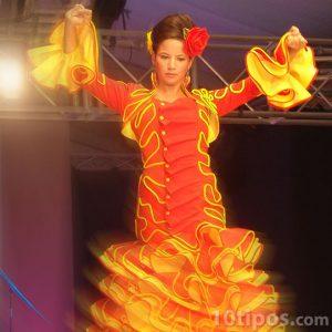 Bailarina de danza flamenca