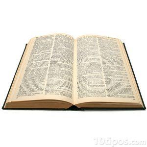 Libro antiguo de pasta dura