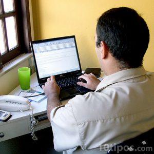 Revisando el correo electrónico