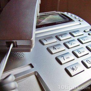 Teléfono utilizado en altavoz