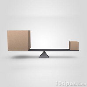 Balanza con caja grande y caja pequeña