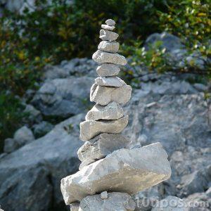 Pilas de piedras unas sobre otras