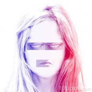 Collage de mujer con bocas