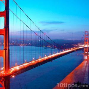 Puente colgante para paso de automóviles
