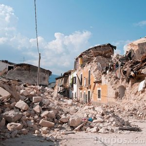 Ciudad devastada por terremoto