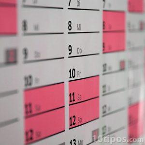 Calendario marcado de color rosa