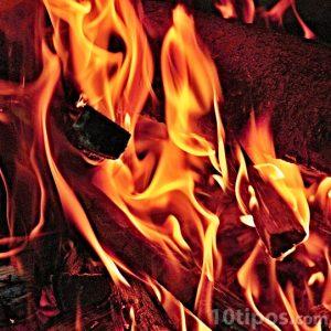 Carbón en llamas