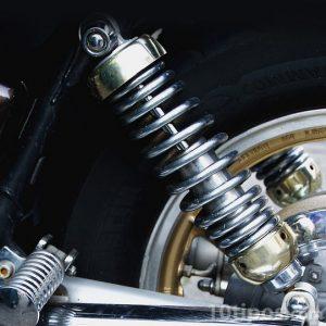 Amortiguador de motocicleta para estabilidad