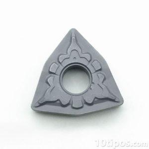 Cermet para corte en forma triangular