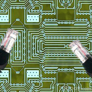 Imagen de circuitos con cables de internet