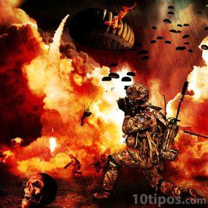 Imágenes bélicas con soldados, armas y explosiones