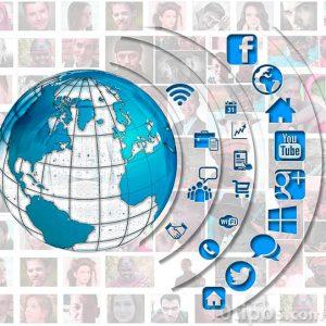 Iconos de aplicaciones y redes que utilizan internet para comunicarse
