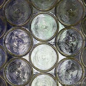 Vidrio artesanal con textura y translucido