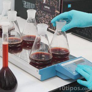 Pruebas científicas en laboratorio