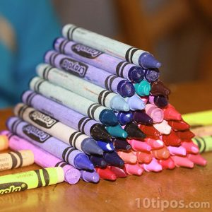 Crayones de diferentes colores