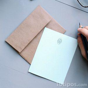 Carta con sobre de papel Kraft
