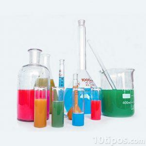 Juego de química con sustancias