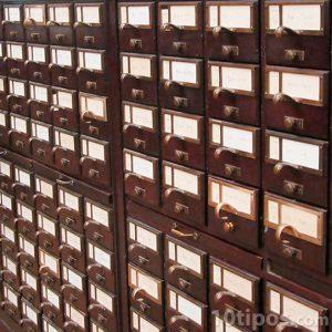 Estante bibliográfico