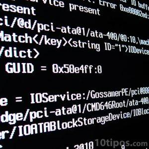 Pantalla de computadora con programación